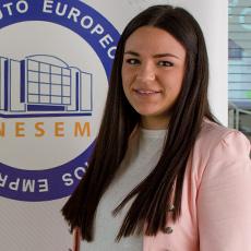 Ana Elia – Asesores Académicos